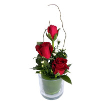 Three Rose Glass Red